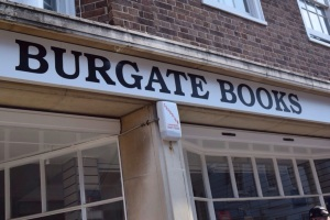 Great 2nd hand book shop with lots of choice through many genres