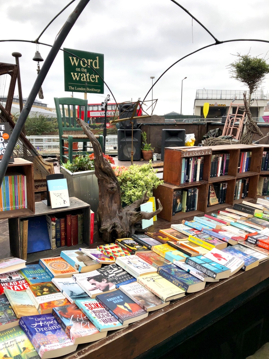 Word on the Water - London Bookshop on a Barge!  #bookshop #bookshopchallenge2018 #wordonthewater