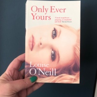 Only Ever Yours by Louise O'Neill - #bookreview #dystopian